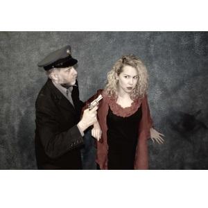«Βλέπε και φεύγα», της Ιωάννας Μαστοράκη σε σκηνοθεσία Θανάση Σάλτα